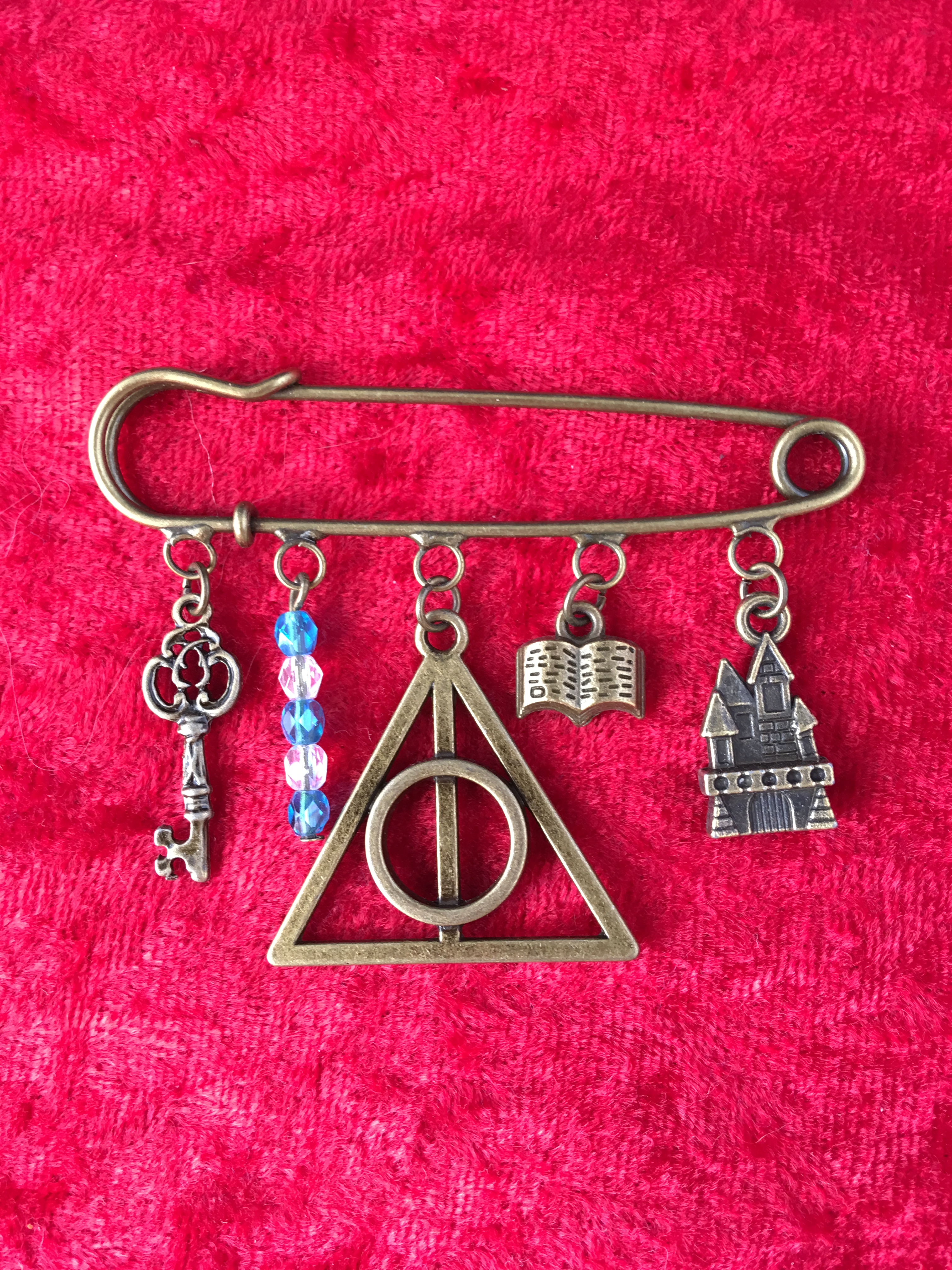 kilt pin brooch harry potter